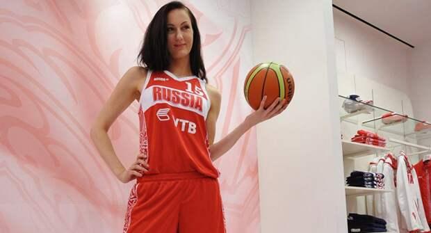 Самая высокая девушка России коллекционирует рекорды