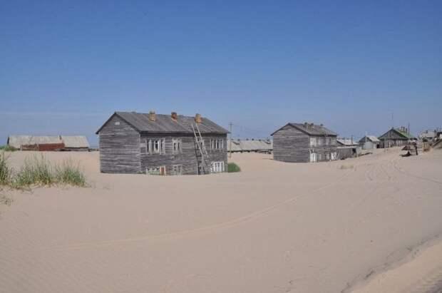 shoyna-sand-buried4
