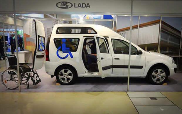 Универсал Lada Largus получил новую версию