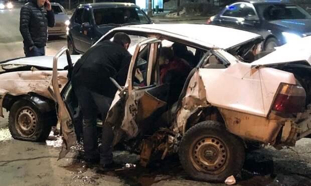 4 машины столкнулись в центре Ижевска из-за пьяного водителя