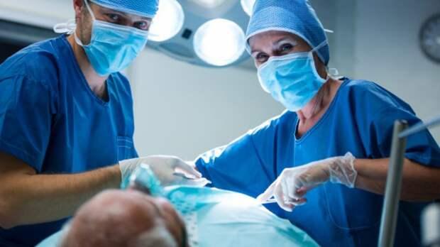 Рязанские врачи спасли пациента со спицей в позвоночнике