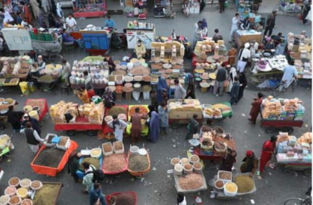 Экономике Афганистана предсказали коллапс в ближайшие недели