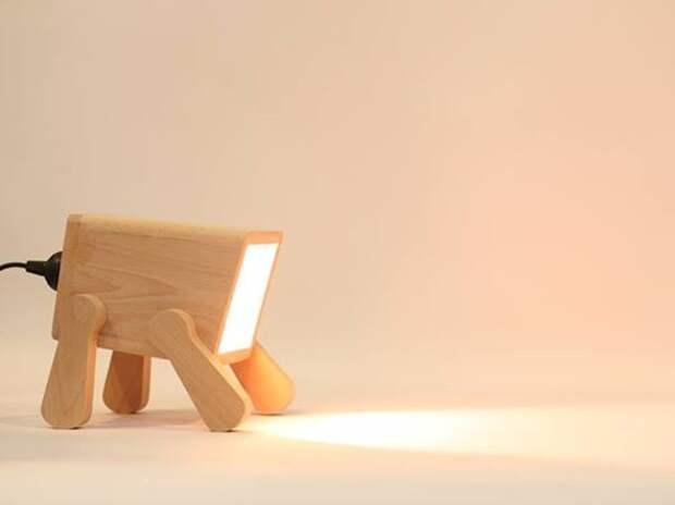 Frank Dog Lamp