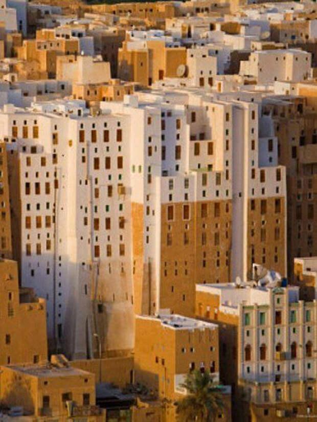 Древние небоскребы в пустыне: город построили 2000 лет назад