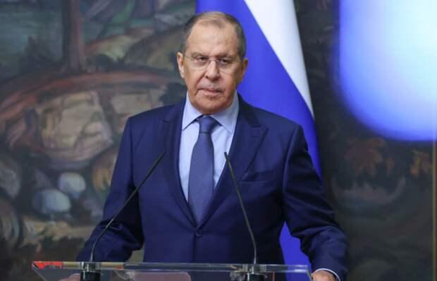 «Кстати»: Лавров напомнил Зеленскому об уголовной ответственности