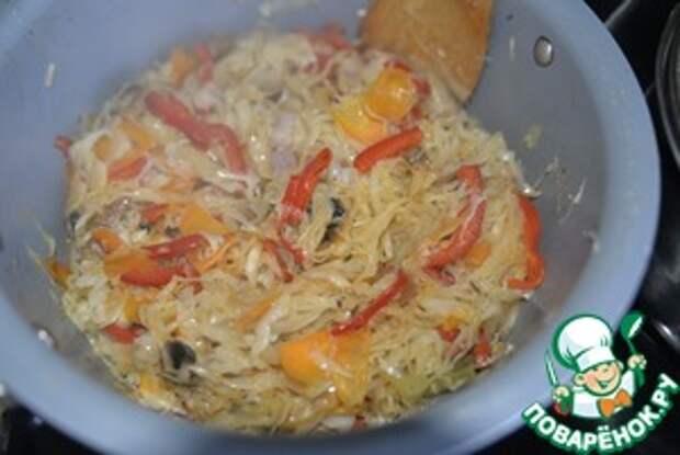 Капуста, тушённая с перцем и шампиньонами Морковь