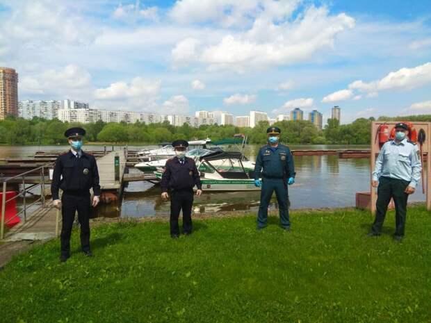 Управление МЧС по СЗАО провело патрулирование водоемов и лесопарковых зон округа в эти выходные