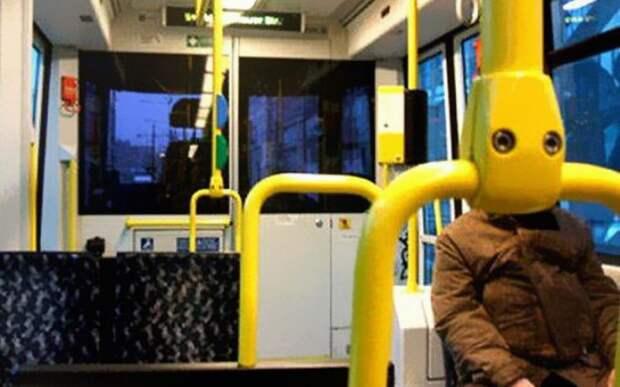 Ой, показалось... автобус, люди, метро, общественный транспорт, работа, электричка