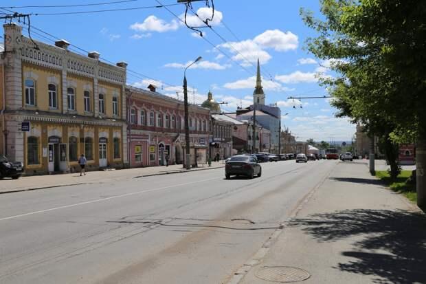 Возвращение остановки на улице Горького в Ижевске, траур на Камчатке и ставший ещё богаче Безос: что произошло минувшей ночью