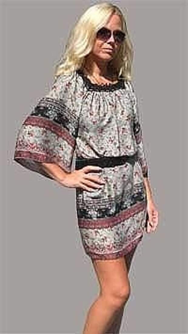 Туника — очень удобный, лёгкий и красивый  наряд. И шить её очень легко. Это смогут сделать даже те, кто никогда раньше не шил...