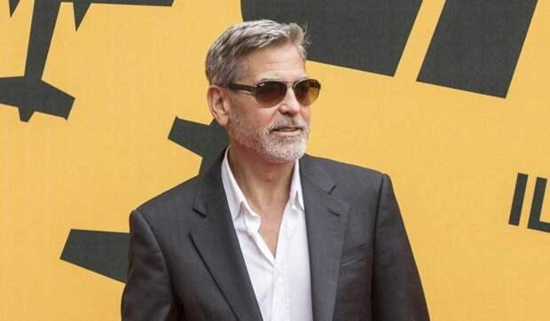 Истощенный Клуни довел себя до госпитализации