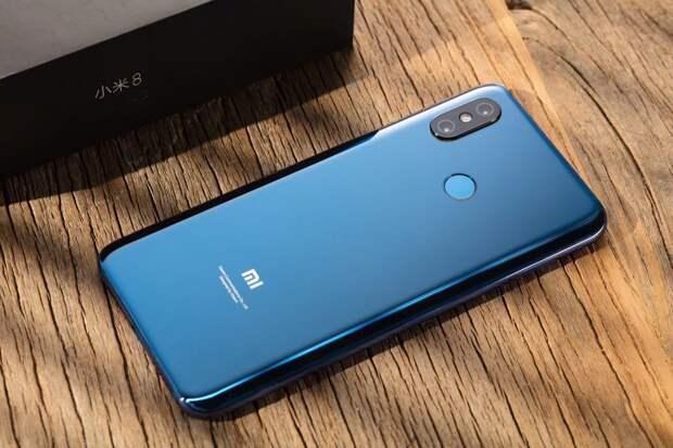 Xiaomi показала новый смартфон для захвата мира