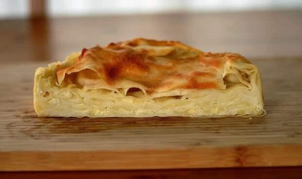 Пирог из лаваша на сковороде: всего за 10 минут. Вкусный завтрак для всей семьи