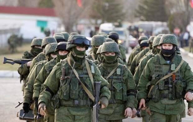 Российских военнослужащих могут уволить за фото в соцсети