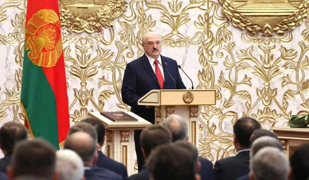 Политолог о сокрытии даты инаугурации Лукашенко: Выглядит странно и беспомощно