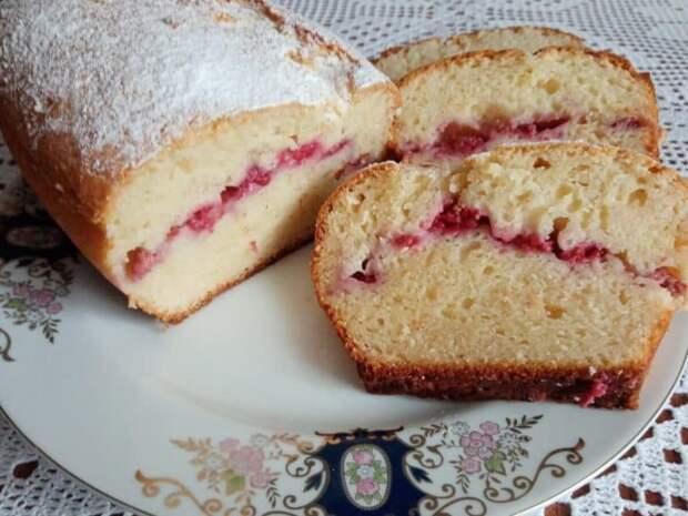 Нежный кекс с малиной. Оригинальный десерт с греческим йогуртом 2