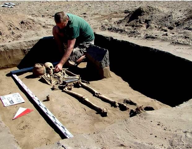 «Русская Атлантида» ставит археологов в тупик. «Айфон Наташи» что это?