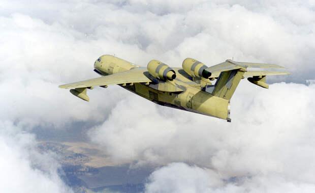 Первый самолет Бе-200 в воздухе ТАНТК им. Бериева