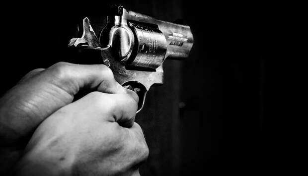 Нелегальный оружейник обстрелял полицейского в Подмосковье