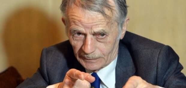 Джемилев: Россия депортировала в Крым уже полмиллиона человек