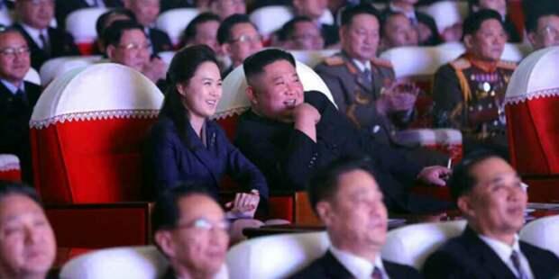 Жена Ким Чен Ына вышла в свет