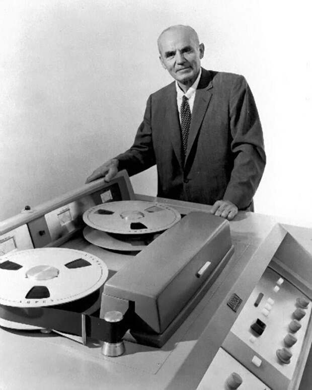 А.М. Понятов и первый в мире коммерческий видеомагнитофон VRX–1000, 1956 год