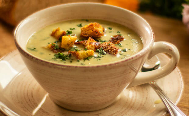 Чесночный суп по рецепту с Юга. Варим самый полезный суп осени за 25 минут