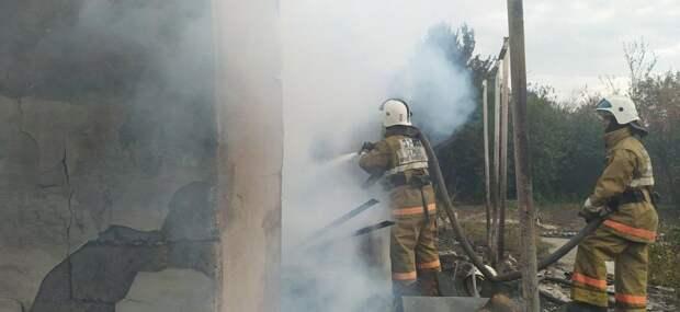 20 дачных участков пострадали во время пожара в ВКО