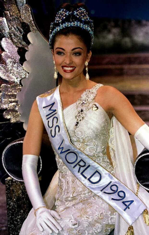 Невероятная Айшвария Рай: как изменилась самая красивая индианка за прошедшие годы