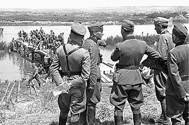 СК: следователи РФ и ФРГ будут вместе расследовать преступления нацистов