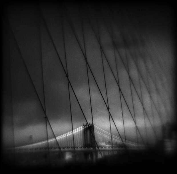 ФОТОВЫСТАВКА. Susan Burnstine: черно-белые сны