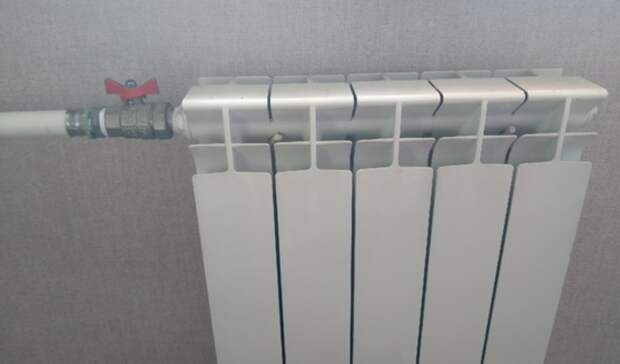 Решил погреться: вЕкатеринбурге клиент банка сорвал батарею изатопил офис кипятком
