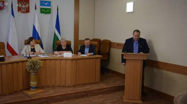 Проведено  22-е заседание 2-го созыва  Первомайского районного совета