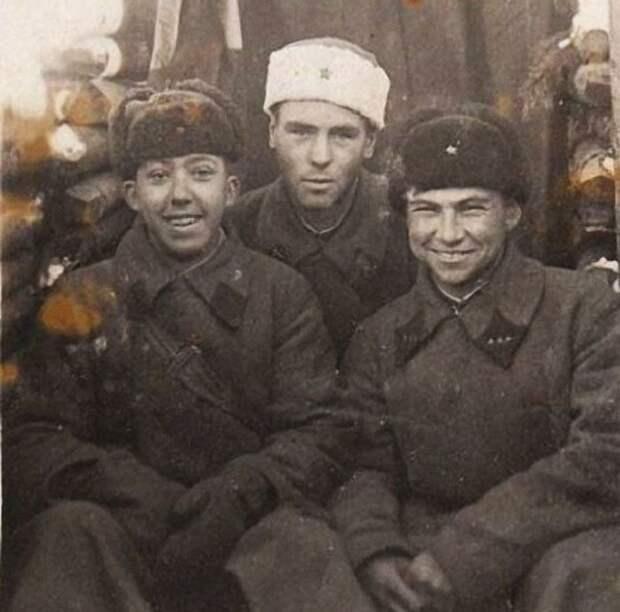За что Юрий Никулин получил боевые награды