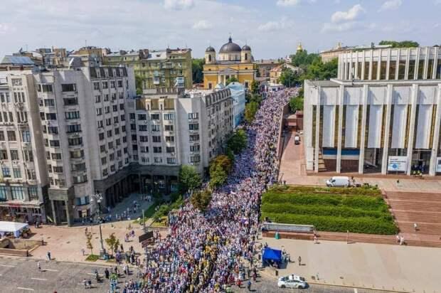 Какая самая большая церковь на Украине по количеству прихожан?