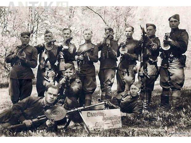 """""""Чёрный миф"""" о чекистах: войска НКВД в Великую Отечественную войну"""