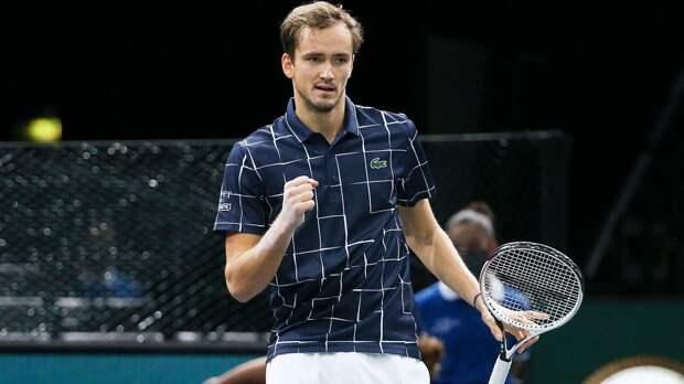 Медведев сместил Федерера с 4-го места в рейтинге ATP