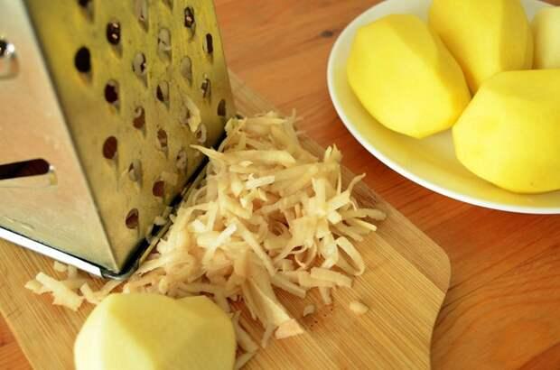 Сырой картофель нельзя использовать в качестве компресса. / Фото: hitrostigizni.ru