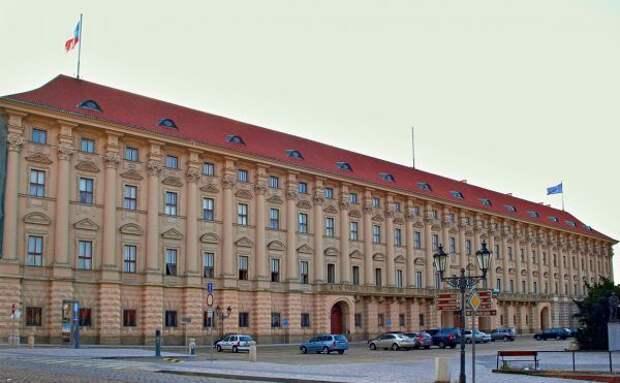 Чехия обвинила Россию внарушении суверенитета