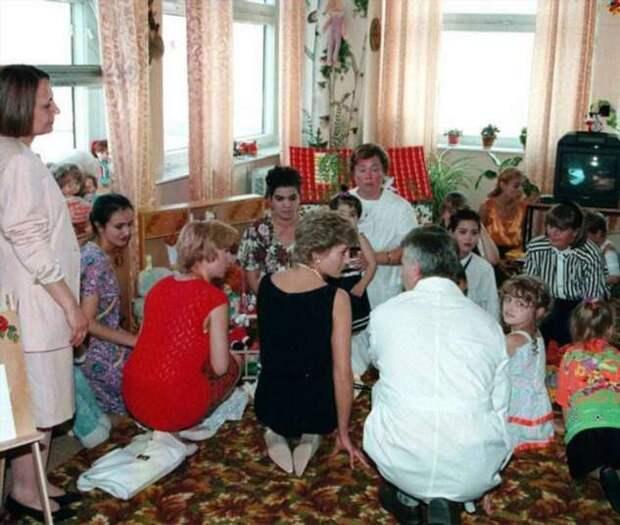 Королева сердец — какие правила британской монархии сломала леди Диана (4 фото)