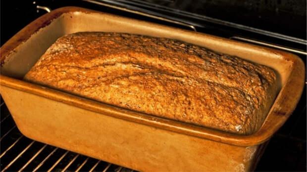 Если нельзя в магазин, или Как выпечь хлеб дома в духовке всего из 4 компонентов