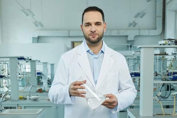 Александр Мажуга считает, что государство должно активно поддерживать международные научные проекты. Автор фото: Данил Головкин