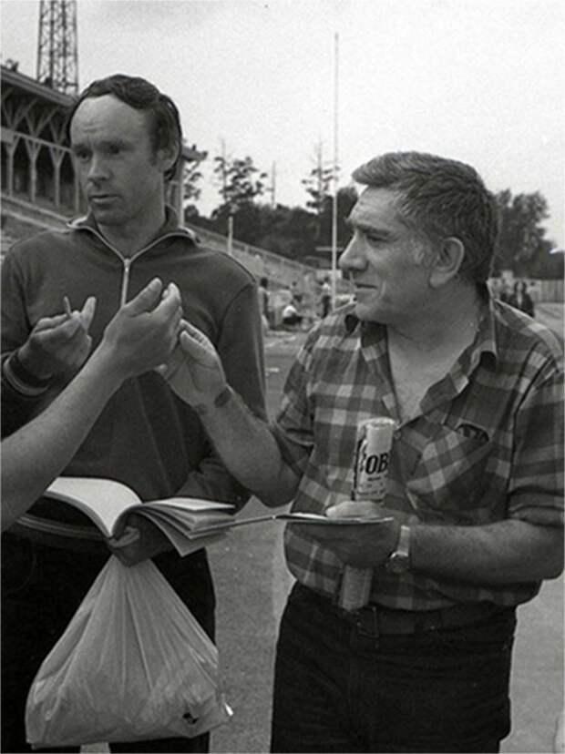 Любимые советские артисты на футболе.