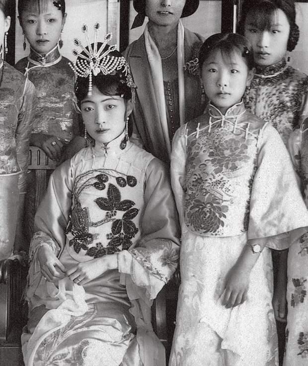 Жена последнего императора Китая Пу И императрица Ваньжун (1906 - 1946). Фотография 1920 года. история, мгновения жизни, фотография