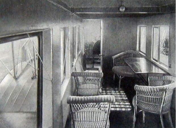 Интерьер пассажирского салона самолета «Илья Муромец», 1914 год