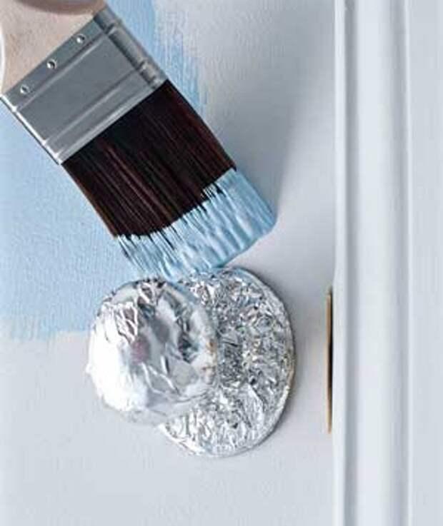 Фольги покрытой дверную ручку защищены от краски