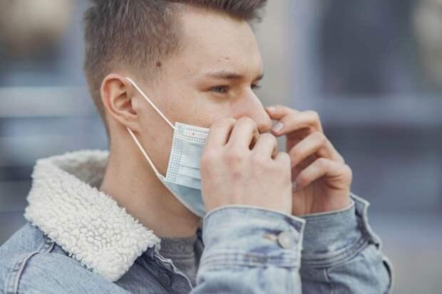 В инфекционке Севастополя лежат 20 человек с коронавирусом