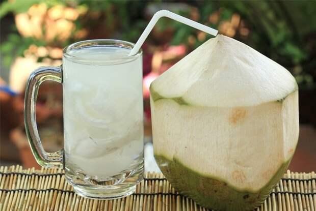 15. Кокосовая вода виагра, восстановление, здоровые, мужское здоровье, полезные продукты, потенция, продукты