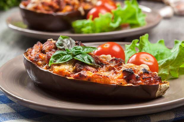 Фаршируем овощи, грибы и фрукты: 10 простых рецептов