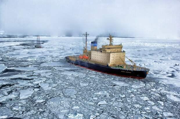 Слой за слоем: «Роснефть» проведет исследования в Восточной Арктике